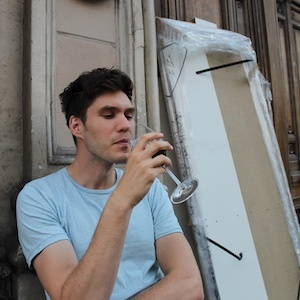 Jan drinking wine and detecting wine senory